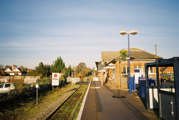 Cookham Station and level crossing