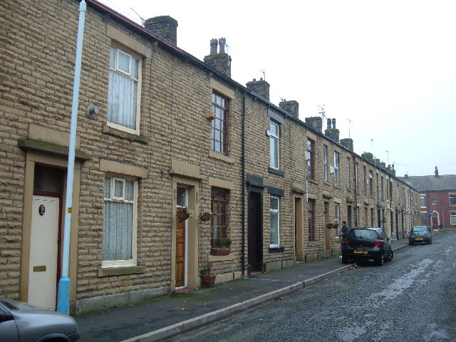 Terraced housing, Shaw