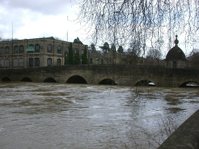 Town Bridge, river in flood