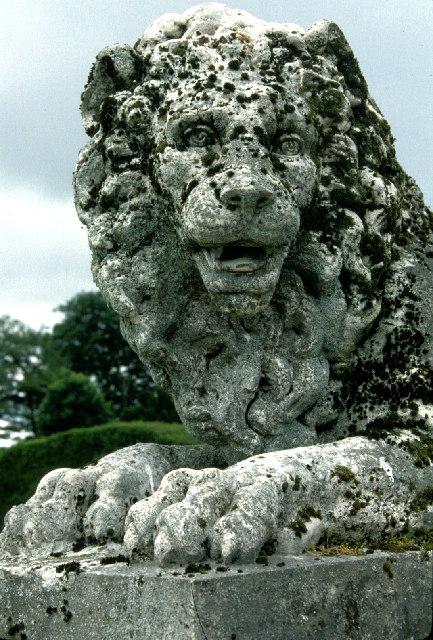 Lion, Kinross House.