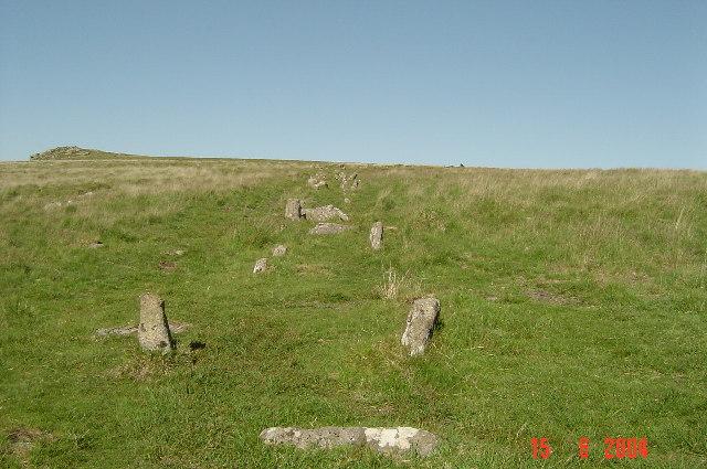 Stone Row, Black Tor