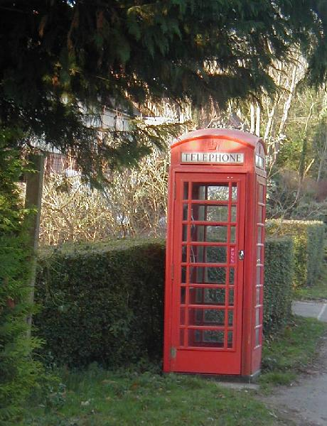 Telephone Box at Spin Hill, Market Lavington