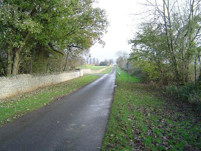 Near Oaks Cottage & Thornhaugh Hall
