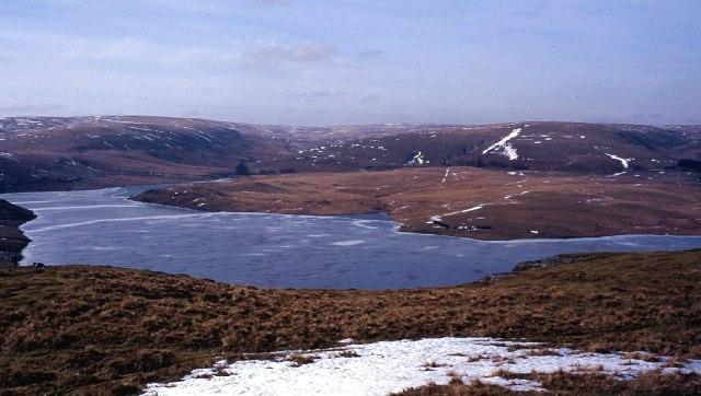 Craig Goch reservoir, frozen