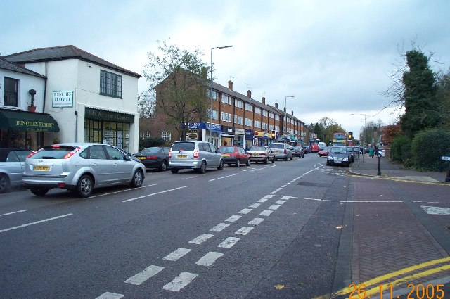 Bushey Heath: High Road