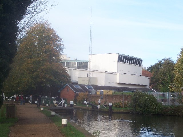 Yvonne Arnaud Theatre from Millmead lock