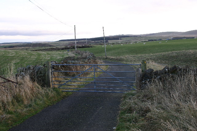 Gated road to Gladhouse Mains