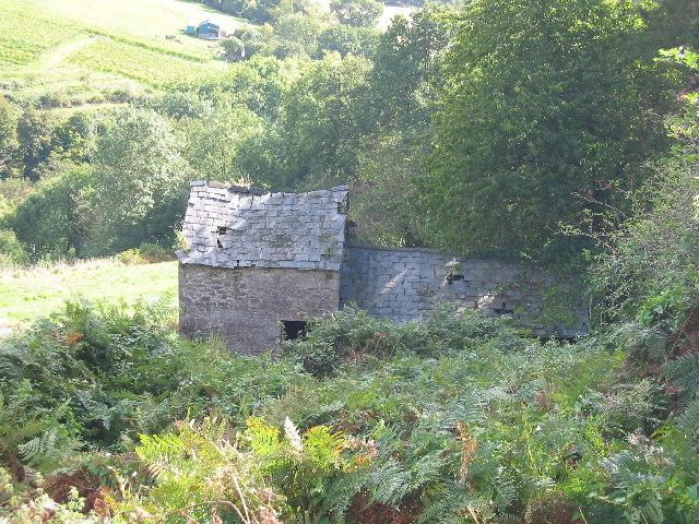 Derelict barn near Tintern