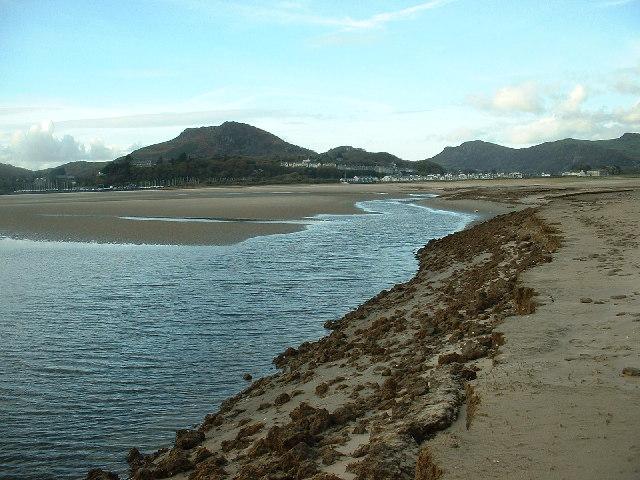 Erosion of Traeth Bach mudflats