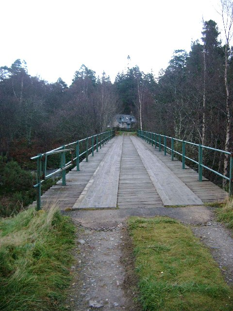 Estate bridge at Fairburn