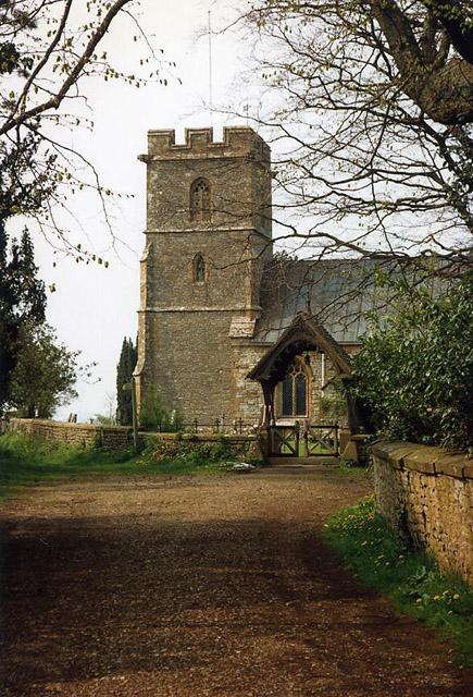 Thornford: lane to the church
