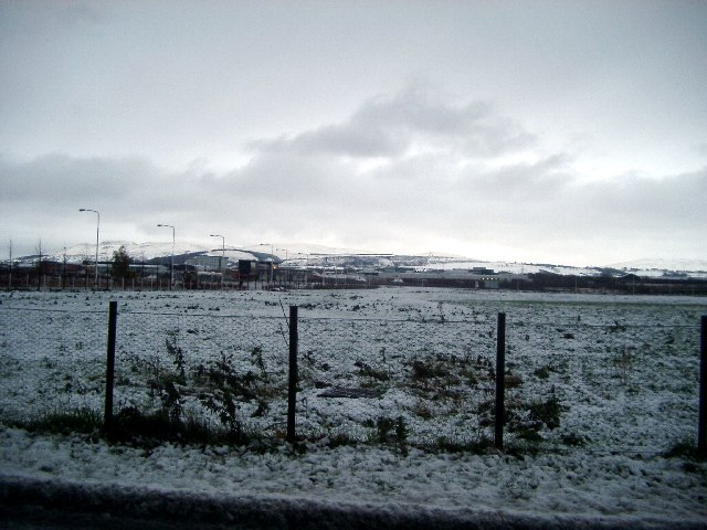 Looking towards Pentlands from Lochside Way