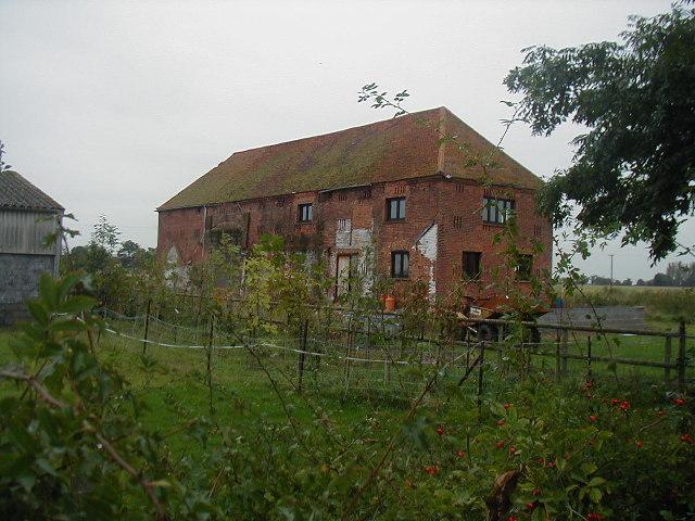 Barn building at Manor Farm, Dengie