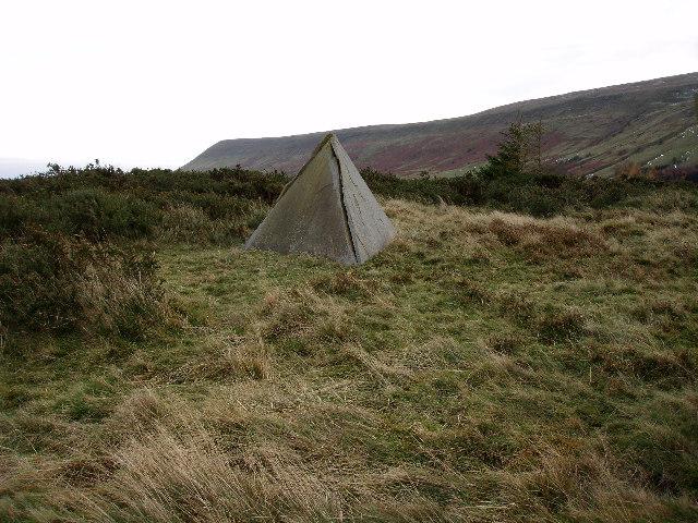 Slate pyramid by path on Parc y Meirch