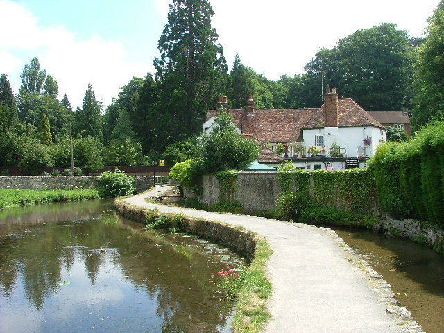 The Chequers, Loose Village