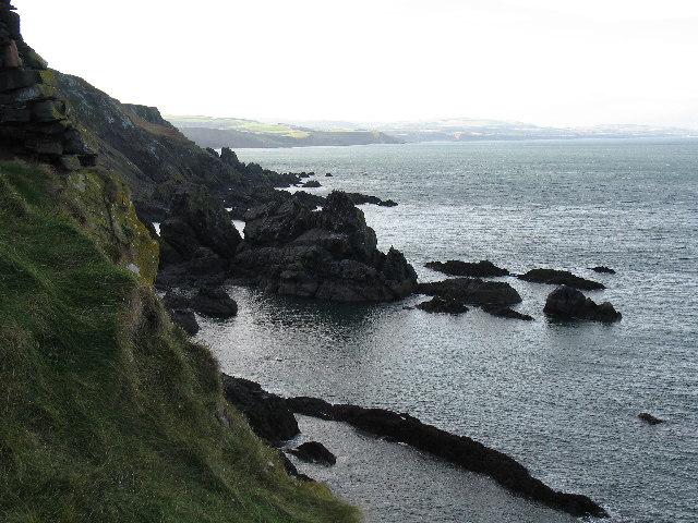 Cliffs looking W from Fast Castle
