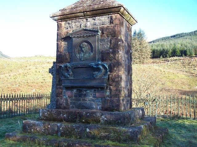 Lauder Memorial