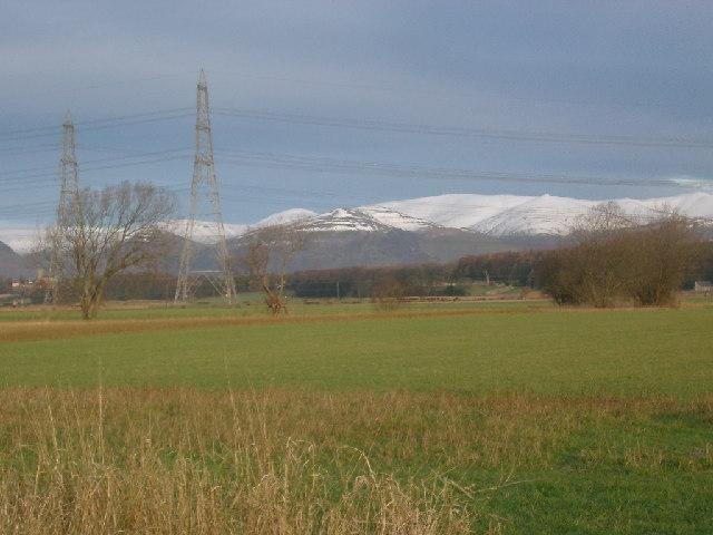 Farmland looking towards Kennet hill