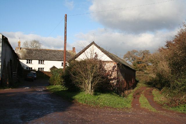 Halberton: Lower Coombe Farm