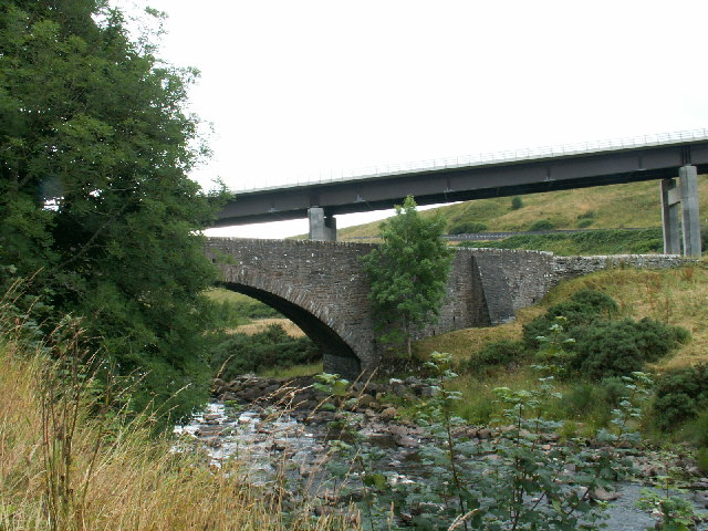 Old and New bridges at Dunbeath