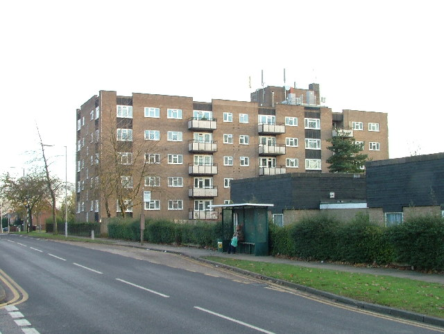 Flats on Broadwater Avenue