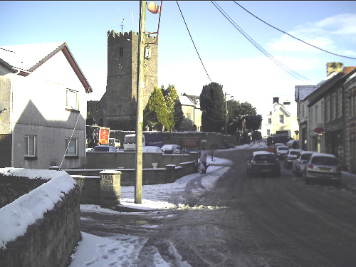 Llandybie village first bit of snow for a long time