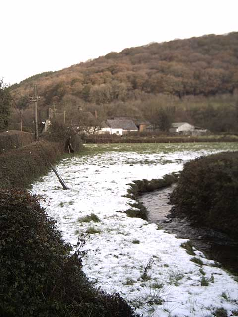 Parkhouse Water leading to Hatherland Mill