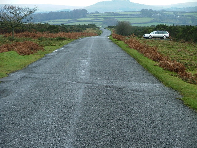 Road to Clearbrook, Roborough down