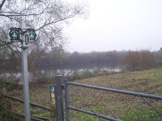 The Severn Way near Apperley