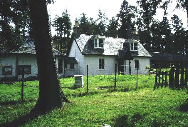 Linn o' Dee Cottage