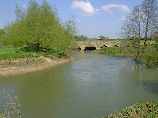 bridge over River Avon, Lacock