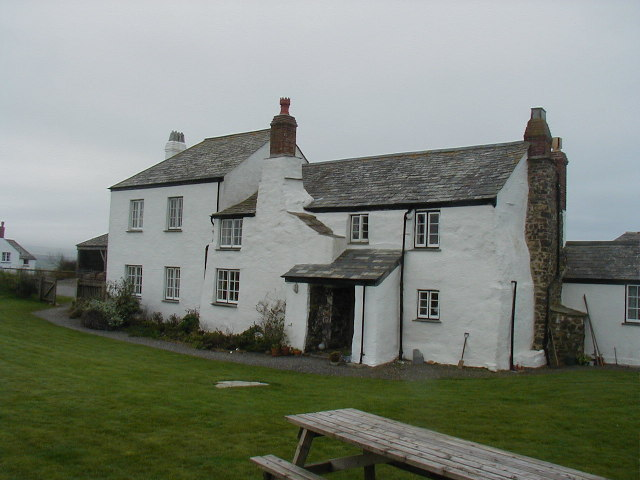 Lower Tresmorn Farm