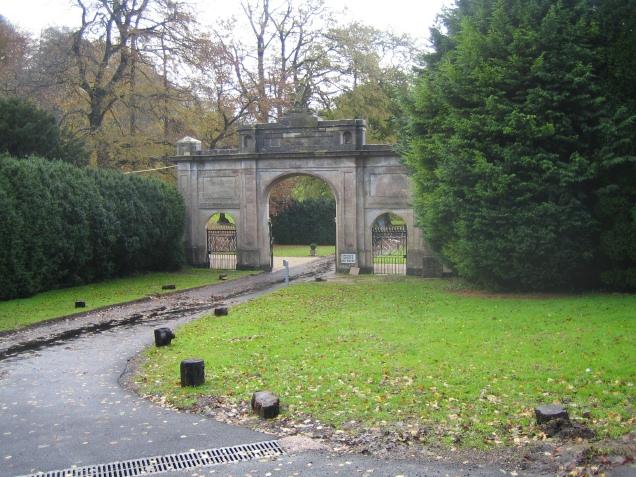 Entrance to Doddington House