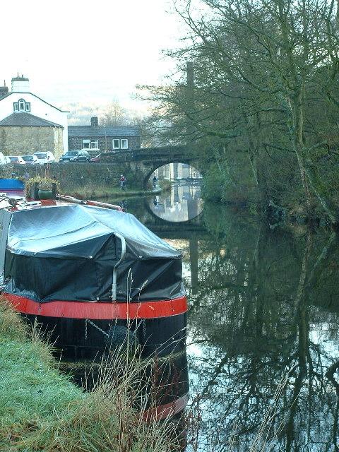 Rochdale Canal approaching Hebble End
