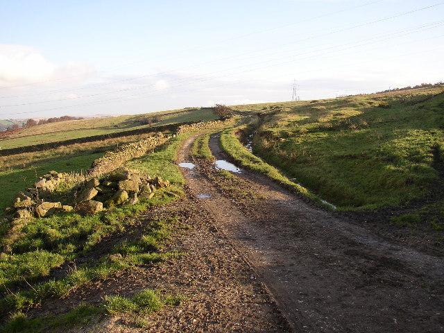 Moss Carr Road, Harden