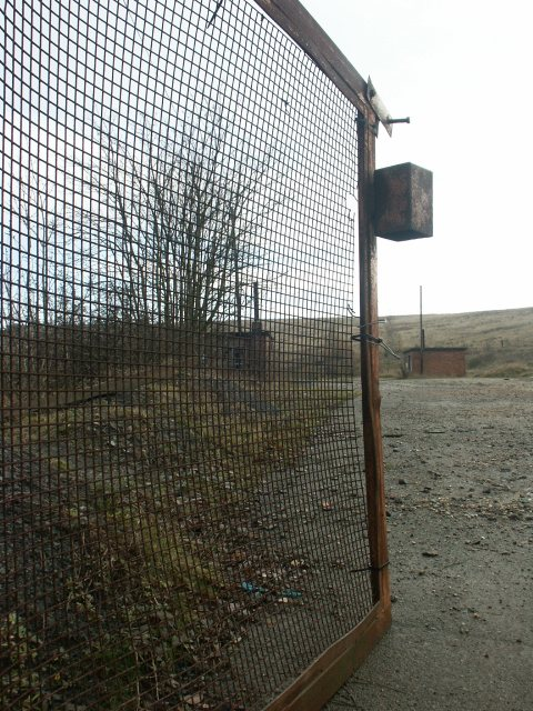 Disused gate, Bentinck Colliery
