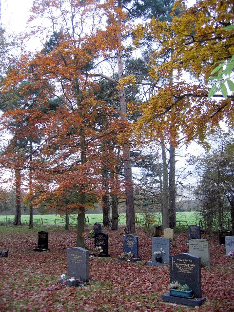 Umberslade Baptist Church - the churchyard.