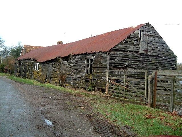 Dilapidated farm building, Drayton Beauchamp