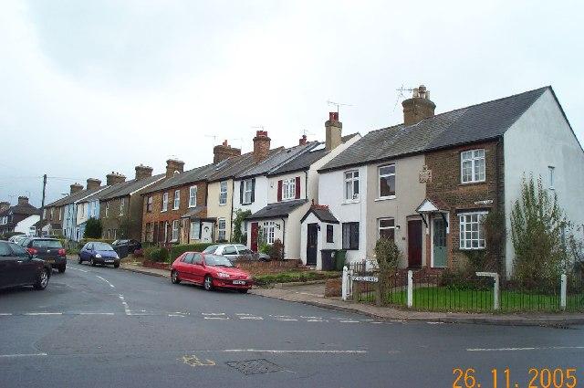 Bushey: School Lane