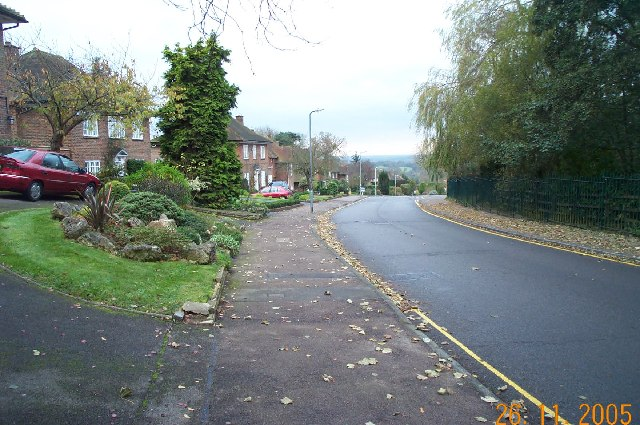 Bushey Heath: Warren Road