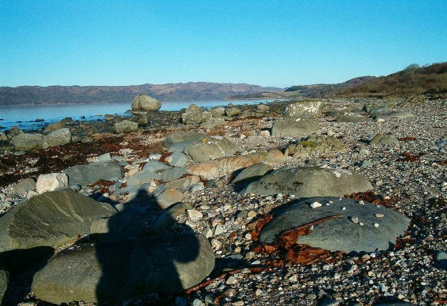 Rocky Foreshore on Loch Caolisport