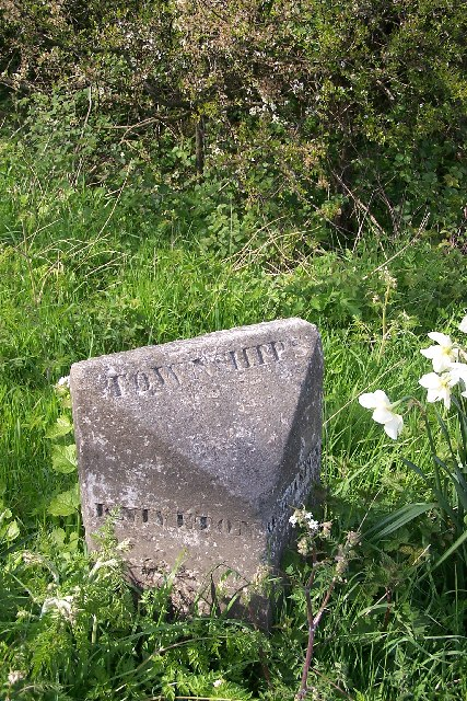 Boundary stone, Hognaston Winn