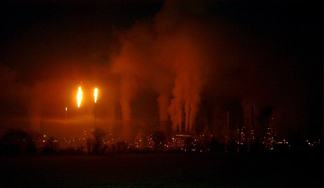 Grangemouth Refinery, towards dawn