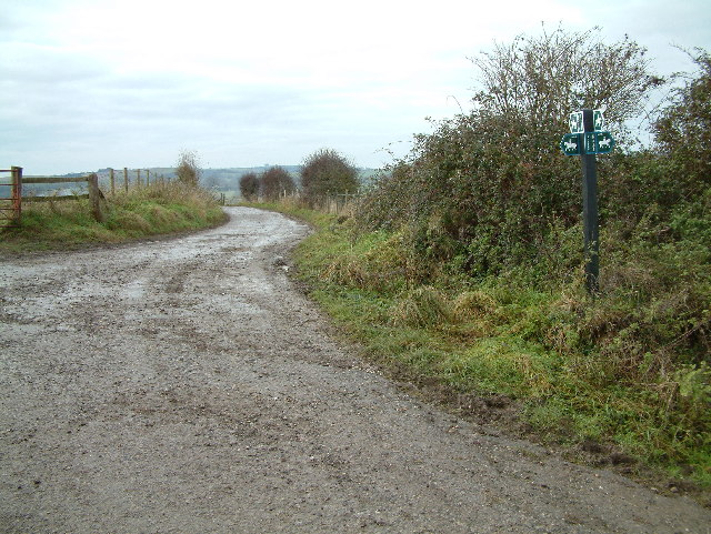 Bridleway Junction, Mead End