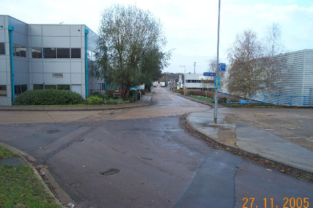 Watford: Olds Approach, Vale Industrial Estate, Tolpits Lane