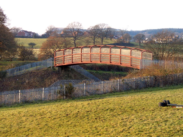 Bridge on cycle route 47 across the Cwm Bargoed Railway