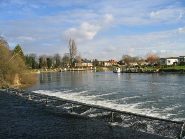 Penton Hook Weir, near Laleham, Middlesex