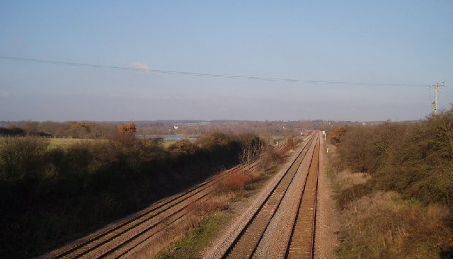 Mainline approaching Sharnbrook
