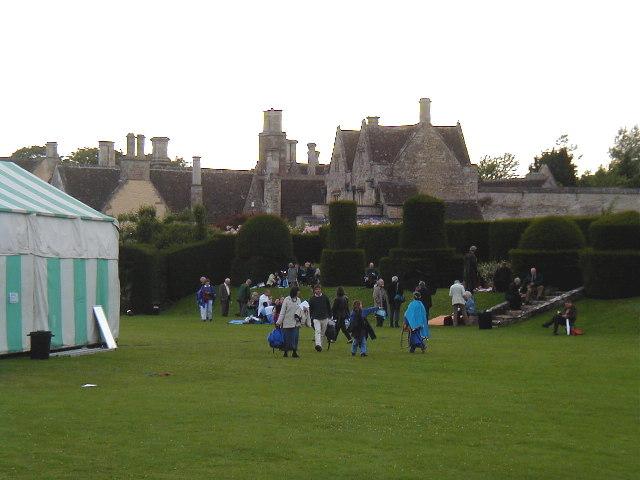 Hazelbury Manor