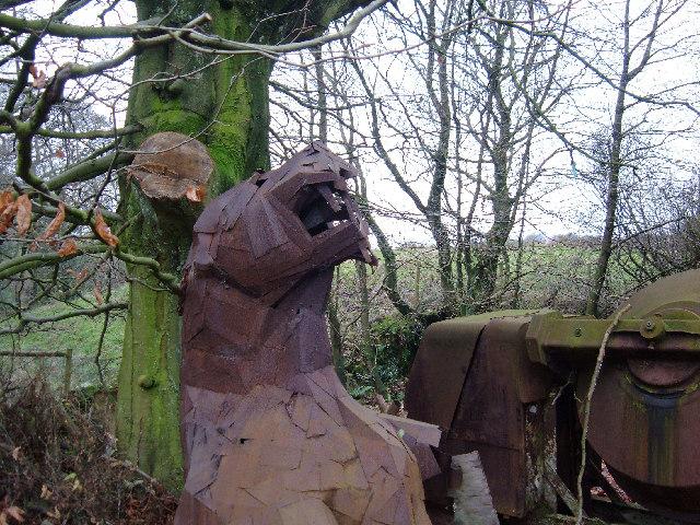 Roaring Tiger - metal sculpture